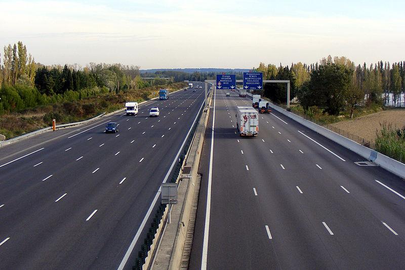 Sortir de l'autoroute pour faire le plein de carburant, bonne ou mauvaise idée ?