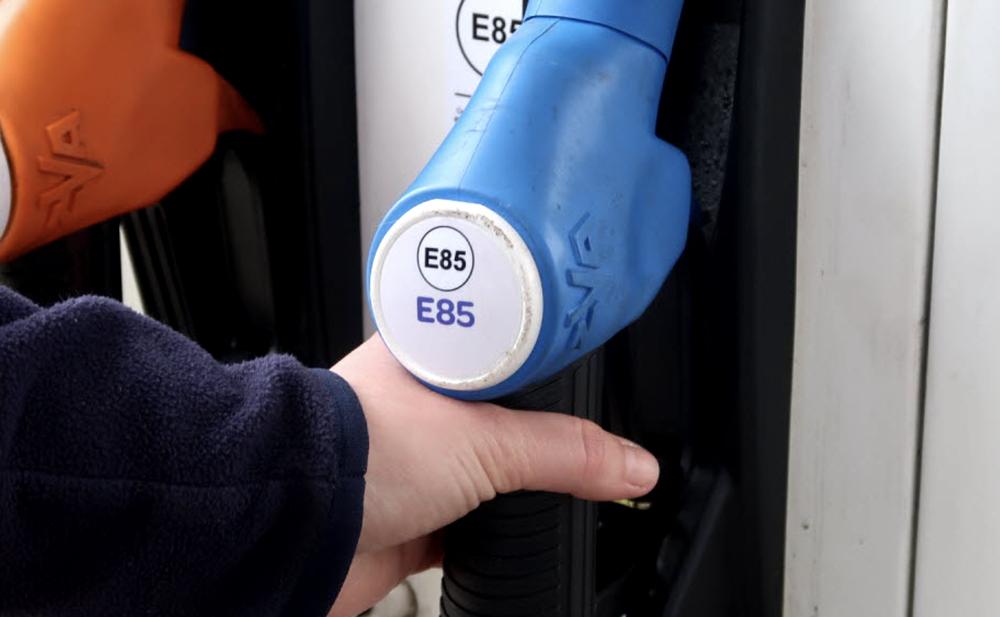 Où trouver une station service proposant du superéthanol ?