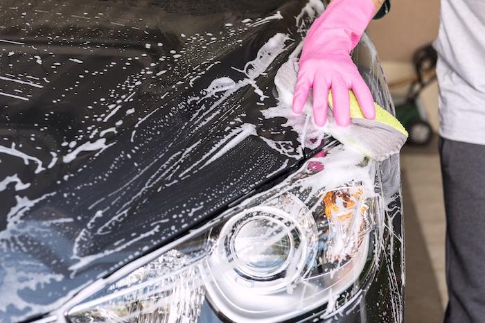 Besoin de laver votre voiture au retour de vacances ?