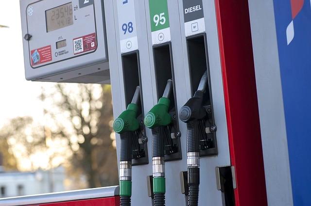 Quels sont les meilleurs jours pour faire son plein de carburant ?
