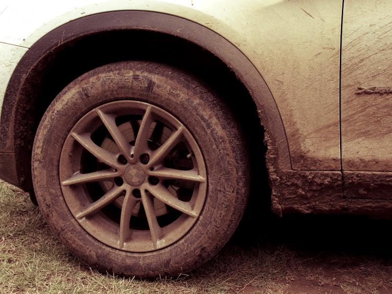 Une voiture sale, ça pollue !