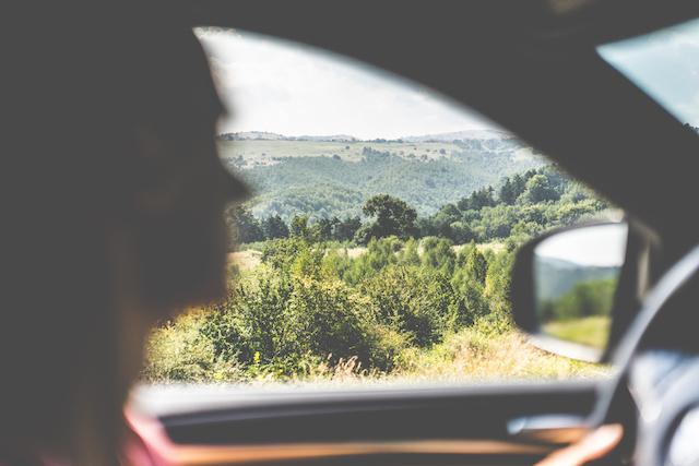 occuper les enfants sur la route des vacances