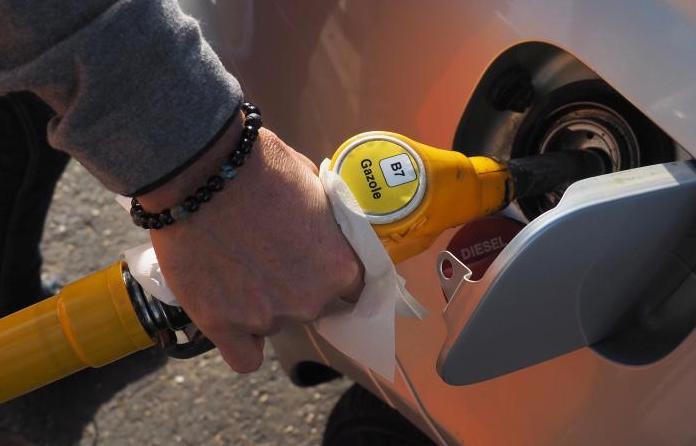 Leclerc et Carrefour lance l'opération carburants à prix coûtant