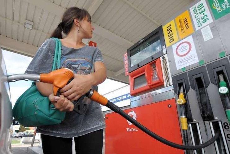 Le gasoil devient plus cher que l'essence